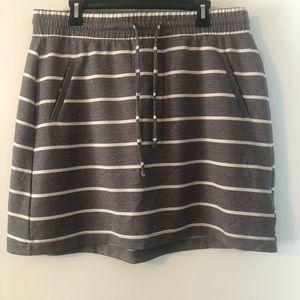 Torrid pull on skirt